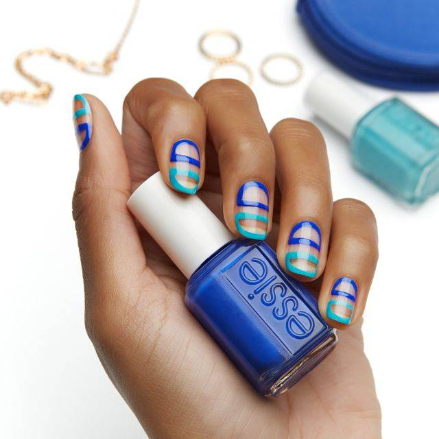 between the lines - nailart
